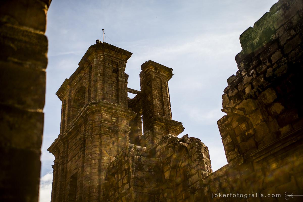 ruinas de são miguel é fotografada por fotógrafos premiados