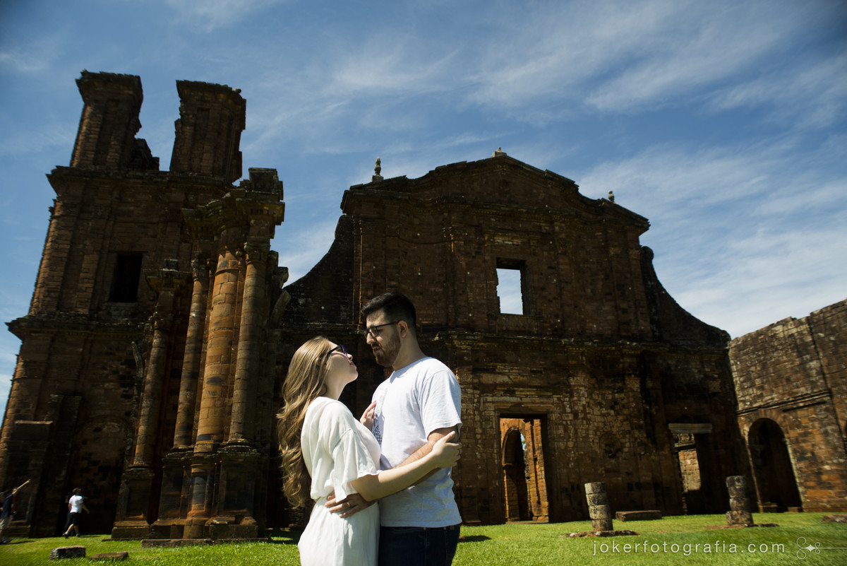 fotógrafos de curitiba viajam o brasil fotografando casais e casamentos