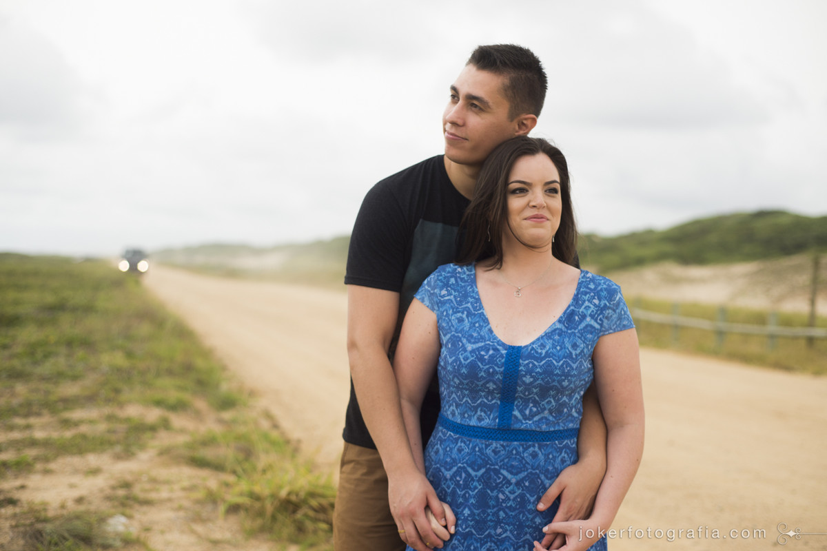escolha o cenário para seu ensaio pré-casamento: dunas, praias, estrada de chão... Nós sabemos onde encontrar!