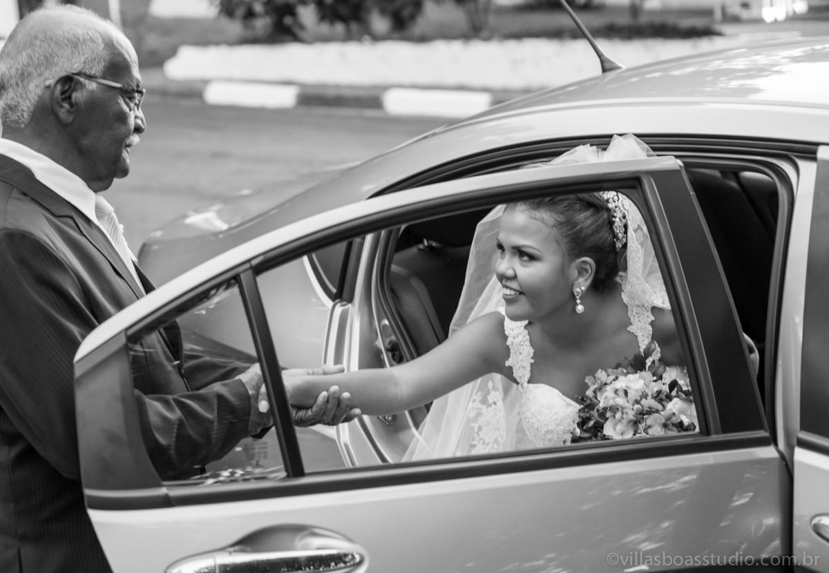 carro da noiva, a chegada da noiva, o pai da noiva, marcelovillasboas, la capella eventos,