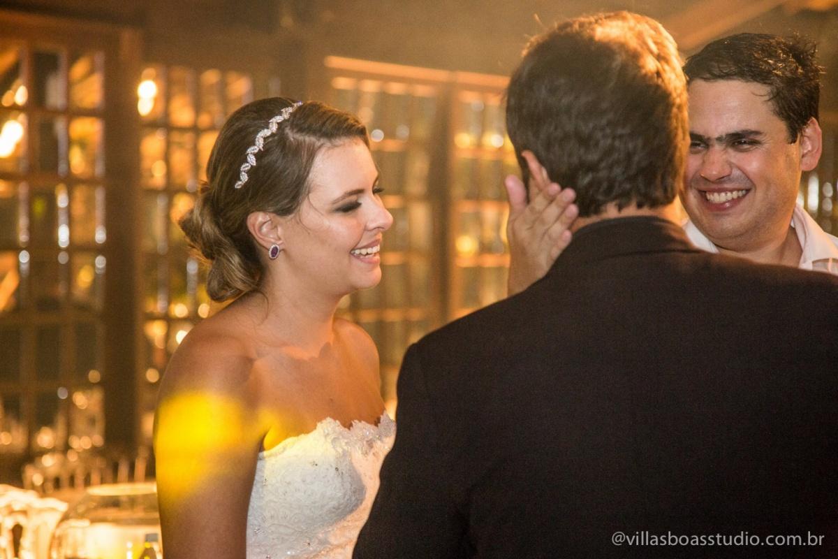 amigos do noivo, padrinhos do noivo, terno do noivo,amigo da noiva, sorriso da noiva.