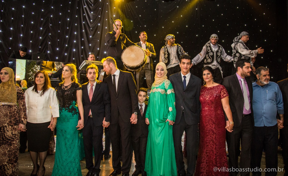 Decoração Trópicos Buffet, aniversario Nermin Saadi, clube de campo de mogi das cruzes, 15 anos, byclara doces finos, entrada e dança da debutante, dança dos convidados