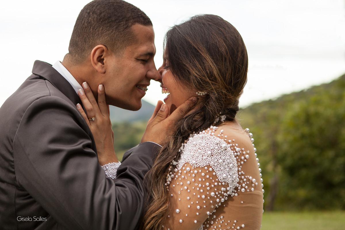 Casamento no Espaço Batalha em Cantagalo-RJ, ensaio pós casamento, casamento de dia, casamento no campo, casando na serra, fotografia de Gisela Salles