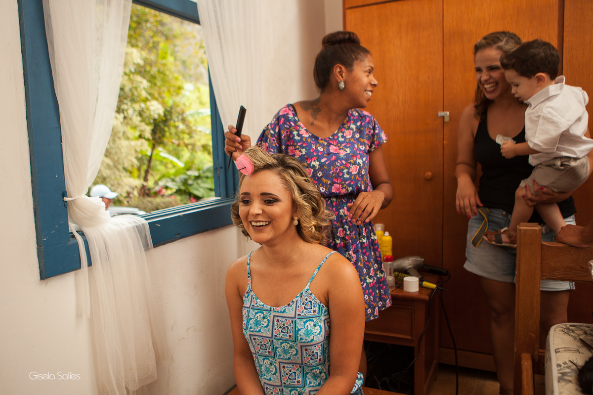 fotografia casamento Bom Jardim, making of da noiva, família da noiva no making of