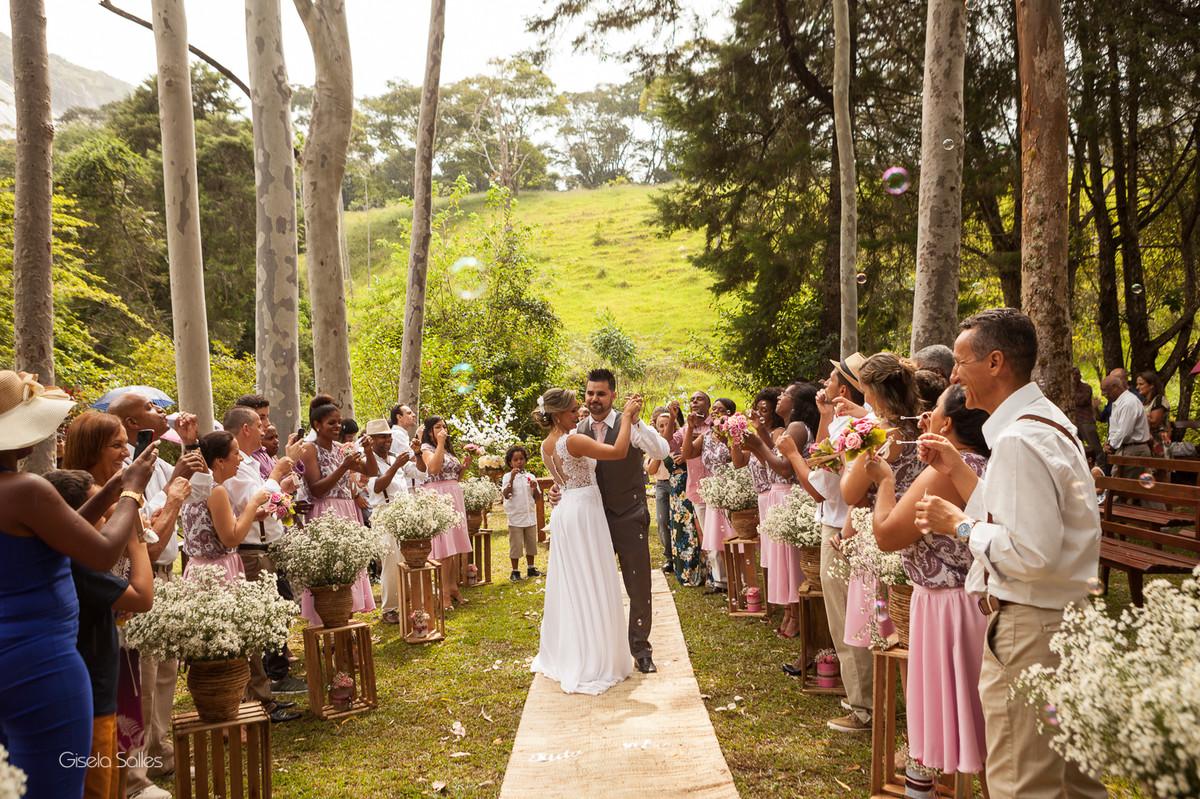 fotografia casamento Bom Jardim, casamento de dia no campo, casando no sítio, casamento lindo na natureza