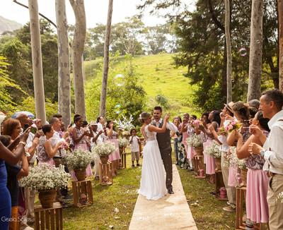 Thabatta & Rodrigo - Fotografia de Casamento em Bom Jardim-RJ
