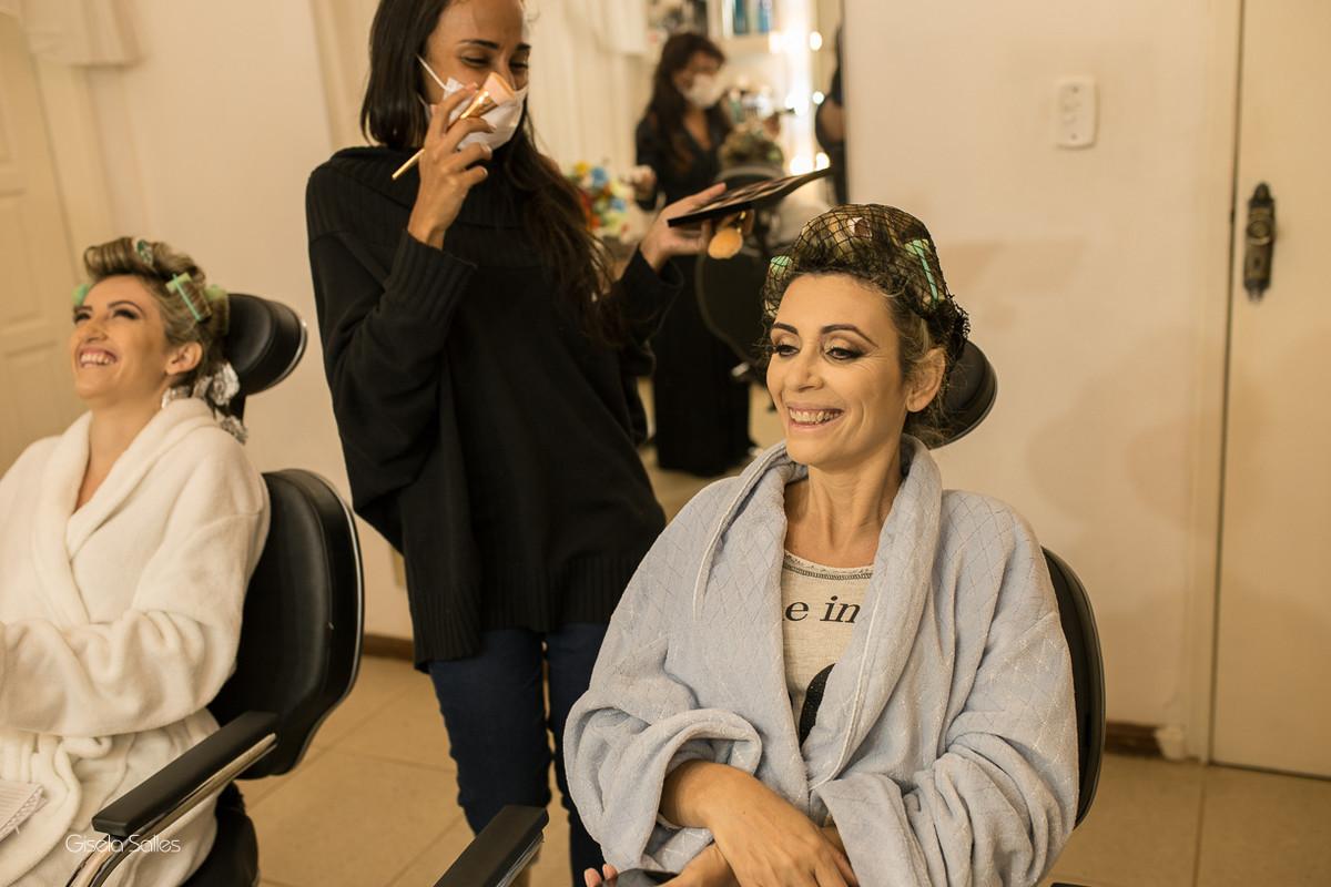 making of da noiva,maquiagem, noiva com sua mãe