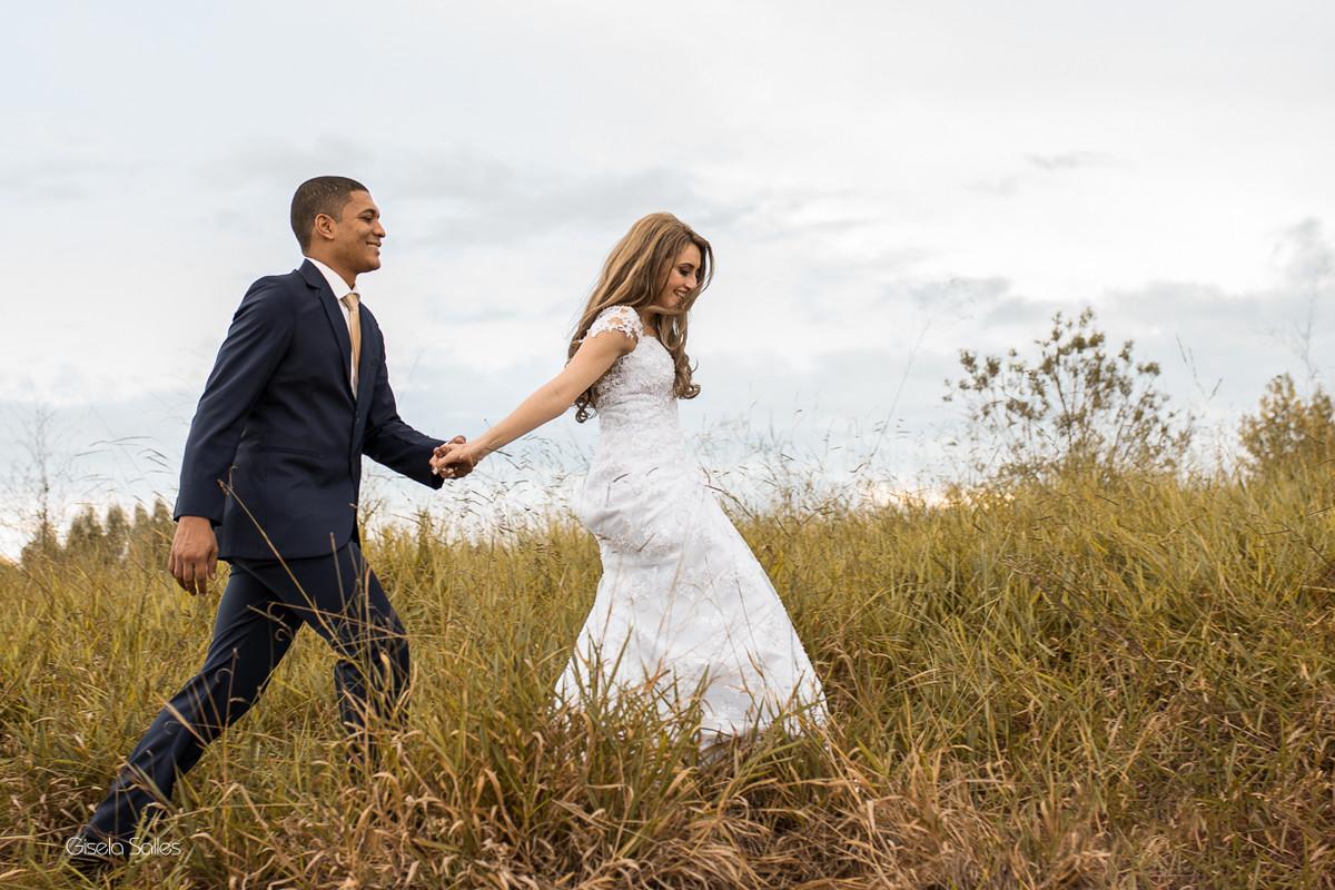 ensaio dos noivos, fotografia dos noivos, fotografia de casamento em Cordeiro-RJ, casamento de dia, casamento no campo, dia dos noivos, fiquei noiva, casei