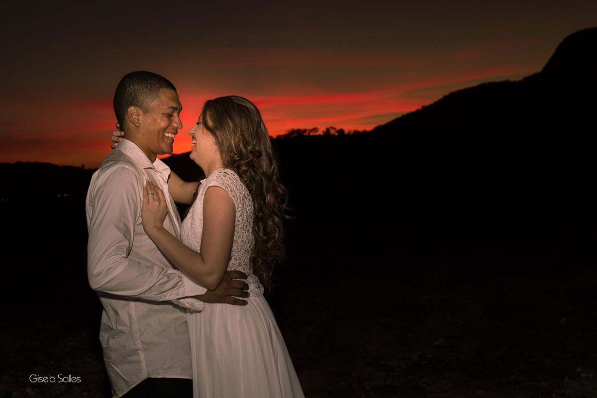 ensaio pós casamento em Itaocara-RJ, fotografia Gisela Salles, por do sol