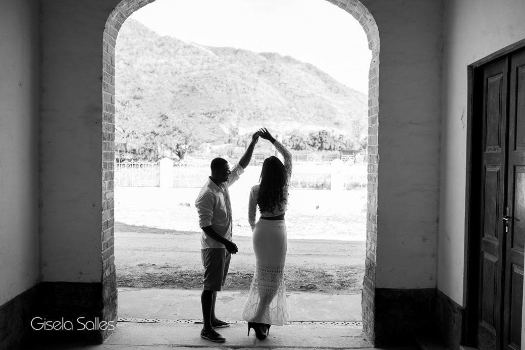 ensaio casal, ensaio pré casamento, ensaio pré wedding, noivos, ensaio de noivos em Itaocara-RJ, noiva