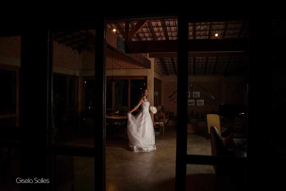 Fotografia Gisela Salles,fotografia de casamento,  making of da noiva, retrato de noiva, ensaio de noiva na Pousada Verbicário