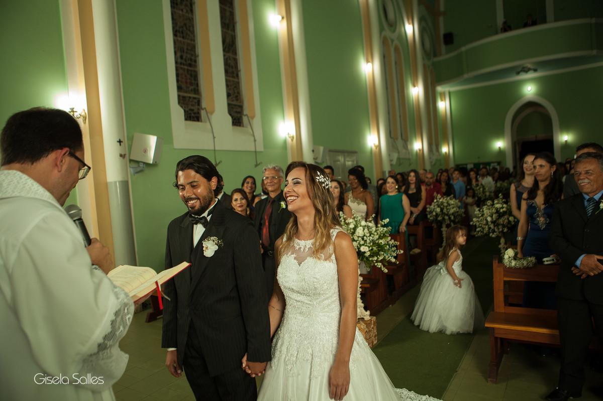 Fotografia Gisela Salles,fotografia de casamento,  cerimônia religiosa em Santa Maria Madalena,