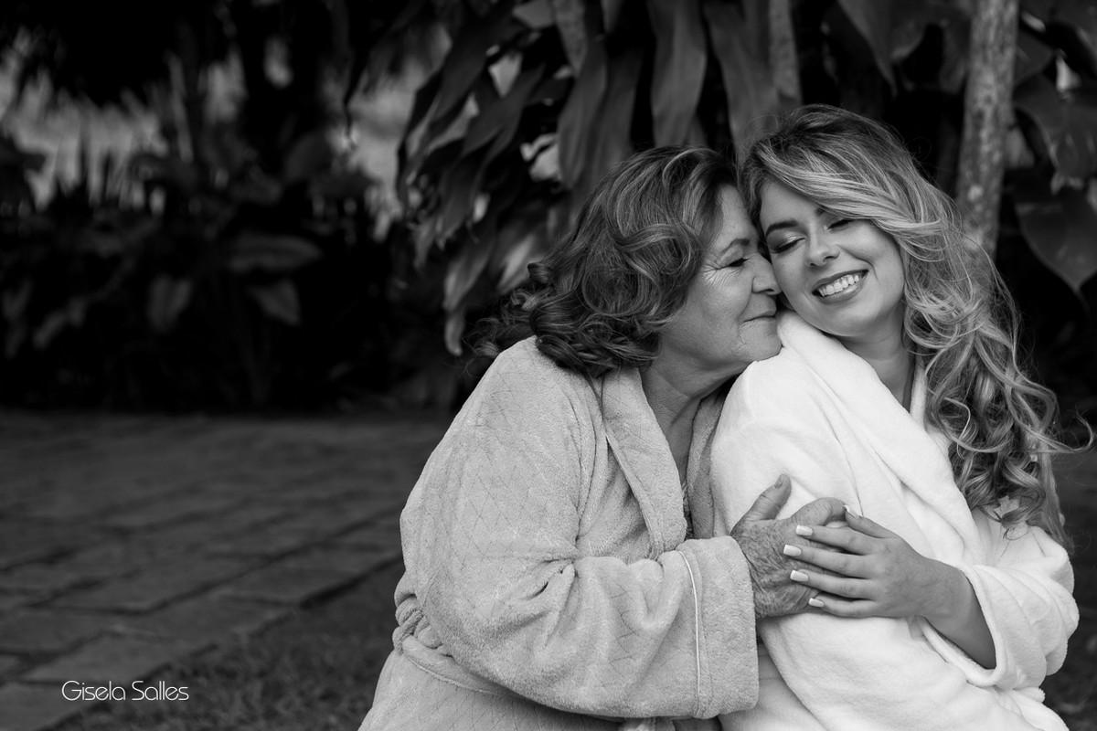 Fotografia Gisela Salles,fotografia de casamento,  making of da noiva, noiva e mãe