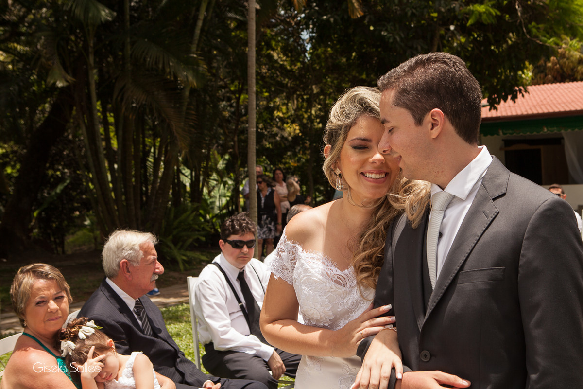 Fotografia Gisela Salles,fotografia de casamento,  cerimônia religiosa ao ar livre, cerimônia religiosa no campo, casamento no campo
