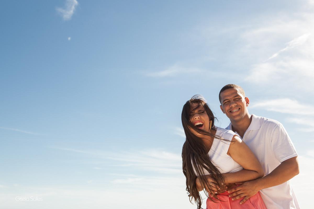 Ensaio Pré-Wedding  na Praia Linda, dia de namoro com emoção