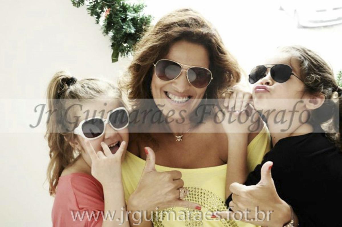 mae e filhas de oculos
