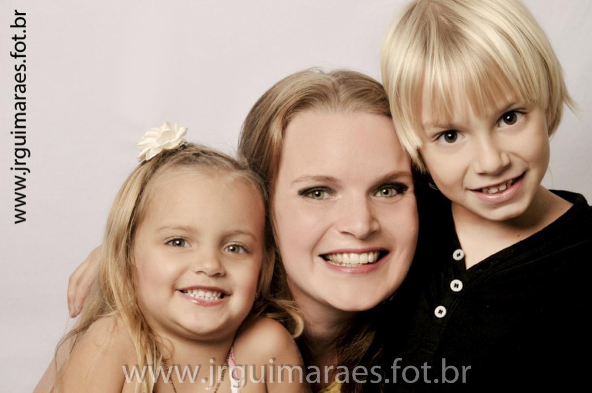 foto familia em estudio
