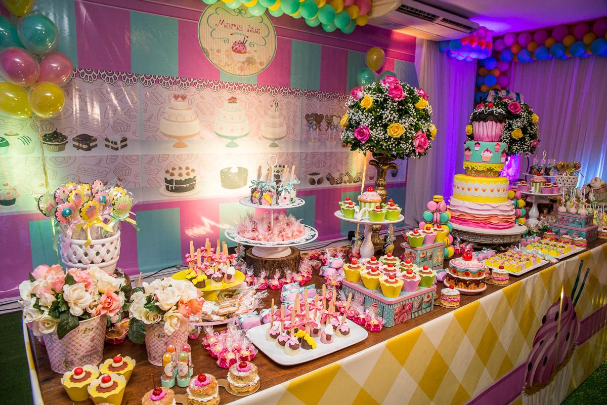 mesa de doces de aniversário de 1 ano
