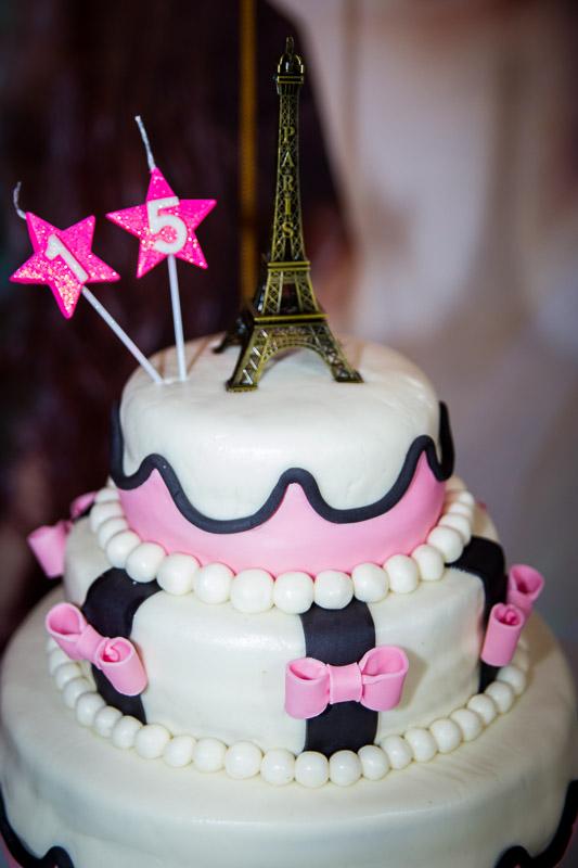 decoração aniversário de 15 anos bolo com tema paris