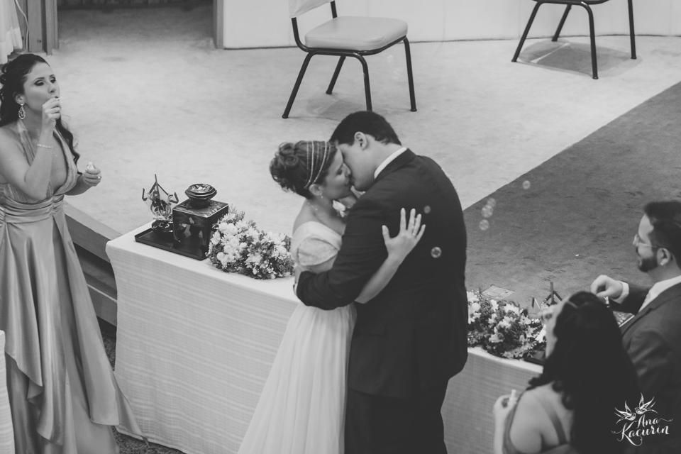 wedding, casamento, casório, fotografia de casamento, rio de janeiro, rj, perfect liberty, grajaú country club, carolina alho, bem assessorados, cerimônia, ceremony, pl, casal, noivos, beijo