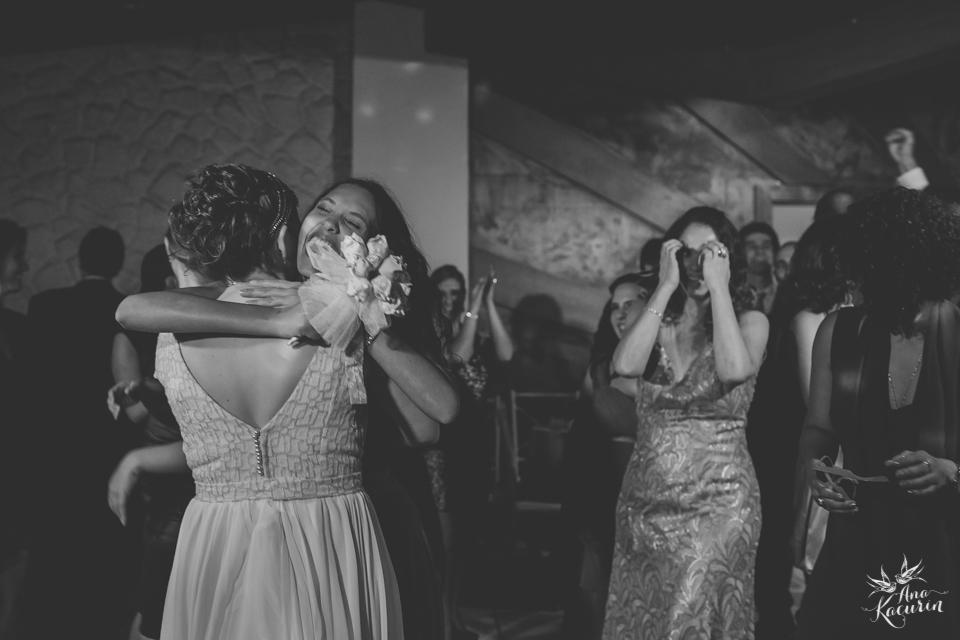 wedding, casamento, casório, fotografia de casamento, rio de janeiro, rj, perfect liberty, grajaú country club, carolina alho, bem assessorados, pl, casal, noivos, festa, recepção, pista de dança, bouquet, jogar bouquet