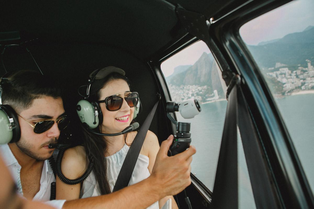 Fotografia Afetiva Aline Lelles e Rodrigo Wittitz | Fotografia de Casamento, Ensaio de Casal, Lifestyle, Pedido de Noivado, o Céu é o limite, Vôo Panorâmico, Ultra Pilot, Aeroporto de Jacarepaguá - RJ