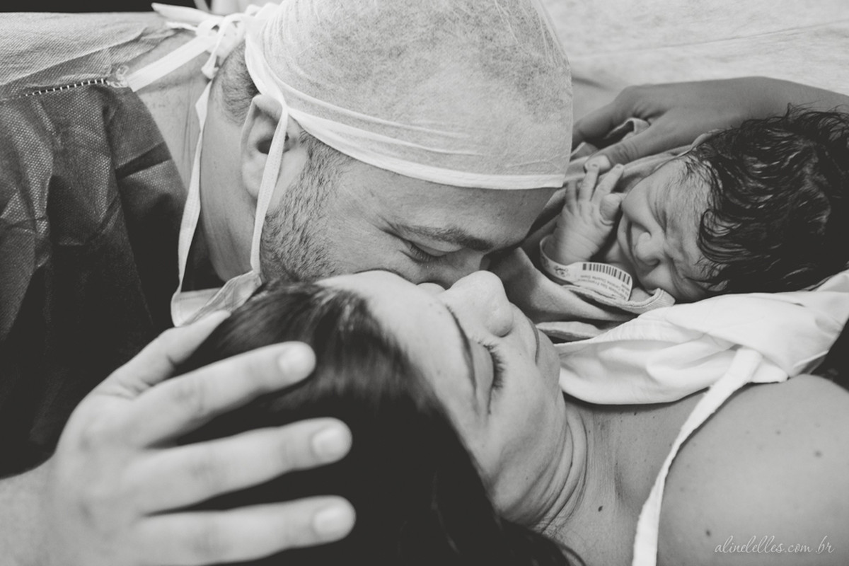 Nasceu…!   Fotografia de Parto Rio de Janeiro   Maitê