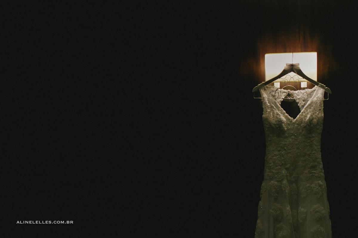 Fotografia Afetiva Aline Lelles Rodrigo Wittitz, Fotografia de Casamento, making off da noiva, Festa de Casamento, Casa de Festas Quinta do Chapecó, Bouquet, Decoração de Casamento, Vestido de Noiva