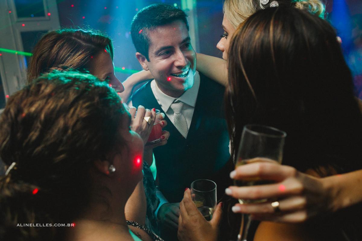 Photographie Affective Aline Lelles Rodrigo Wittitz, Wedding Photography, making off de la mariée, robe de soirée, Party House Quinta do Chapecó, Bouquet, Décoration de mariage, robe de mariée