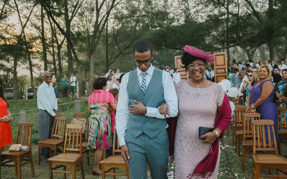 Affective Photography Aline Lelles Rodrigo Wittitz, Wedding Photography, Making Off the Bride, Wedding Party, Grumari Beach Garden, RJ, Bouquet, Wedding Decoration, Wedding Dress, H Stern