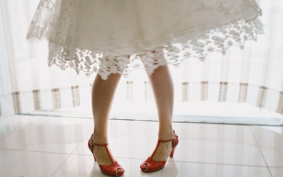 Fotografia Afetiva Aline Lelles Rodrigo Wittitz, Fotografia de Casamento, making off da noiva, Festa de Casamento, Grumari Beach Garden, RJ, Bouquet, Decoração de Casamento, Vestido de Noiva