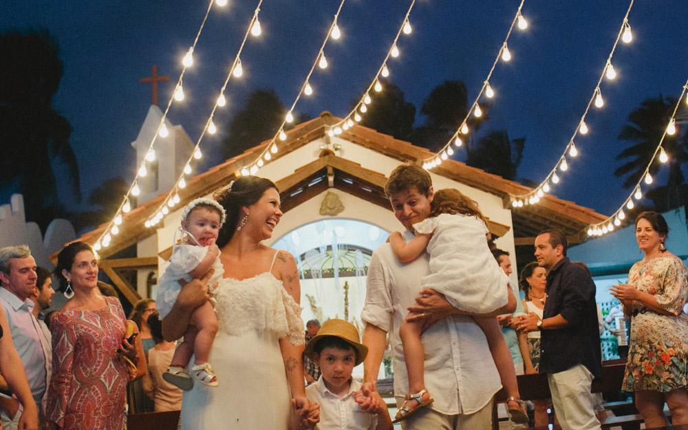 Fotografia Afetiva Aline Lelles e Rodrigo Wittitz | Wedding | Cerimônia de Casamento | Fotografia de Casamento | (Re) Casamento - Camila e Bruno - Pousada A Capela - Arembepe - BA