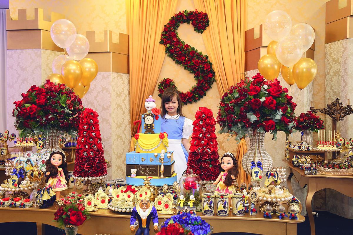 Aniversário - Sofia 7 anos - Jaraguá do Sul - Tema Bela e a Fera - Chroma Fotografia