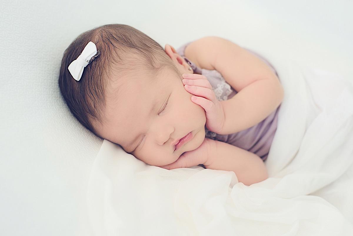 newborn - ensaio - recem nascido - maria alice - mae de menina - jaraguá do sul - chroma fotografia