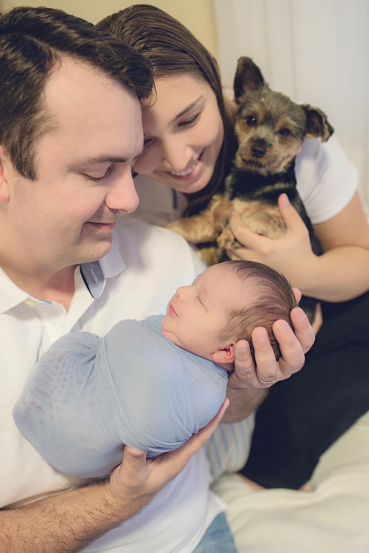 newborn - joão carlos - mãe de menino - recém nascido - fotógrafo brusque - chroma fotografia - newborn em casa