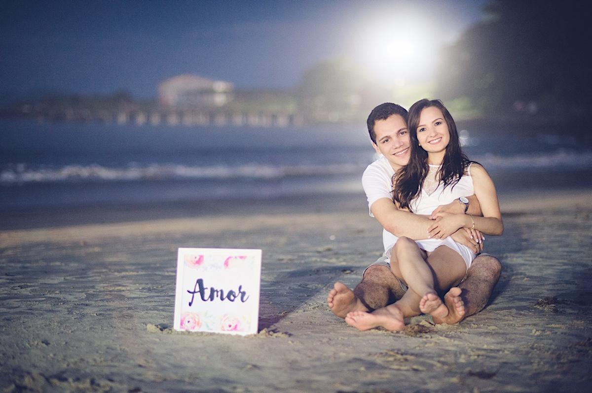 pré-casamento - pre wedding - paolla - éliton - casal - couple - florianópolis - floripa - ensaio casal - praia da armação - chroma fotografia