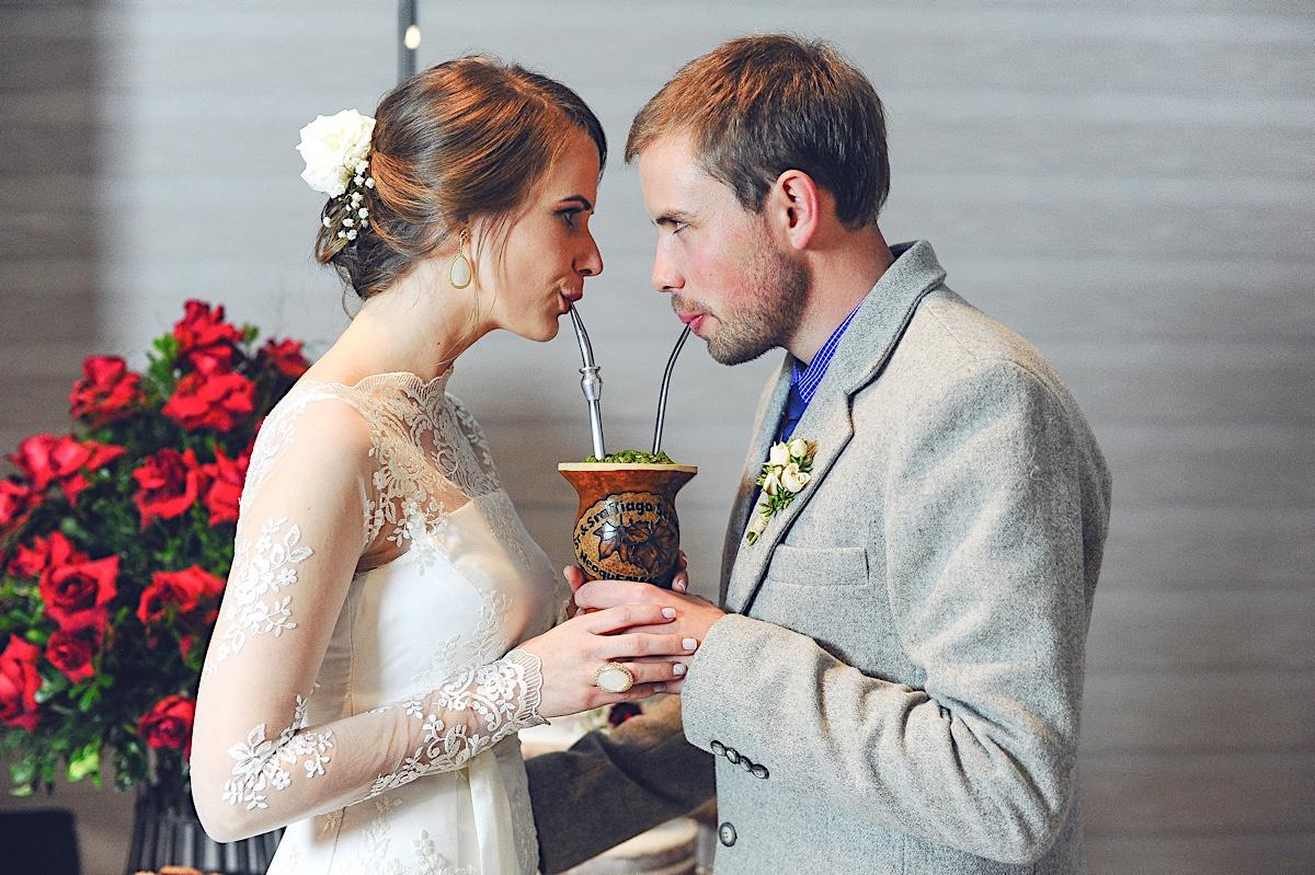 casamento - daiana e tiago - frigideiras - brinde - chimarrão - são bento do sul - chroma fotografia