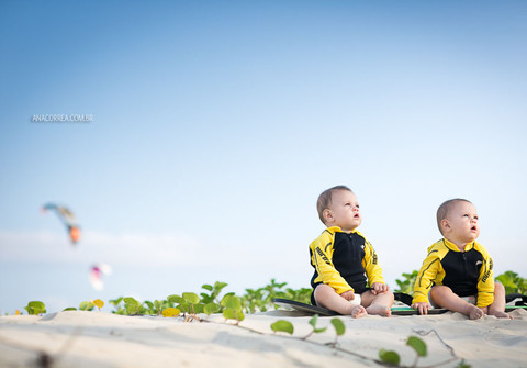 Life Style & Babies de Fofura Dupla: Noah e Enzo, com seus 8 meses | Imbituba, SC