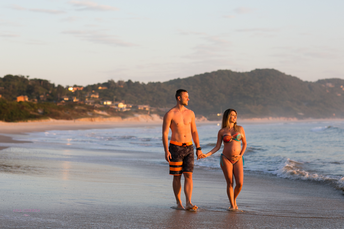Ana Correa, fotografia de casamento, fotografia de gestante, praia do rosa, fotos de gestante praia do rosa, fotos de casamento praia do rosa, nascer do sol, gestante ana correa