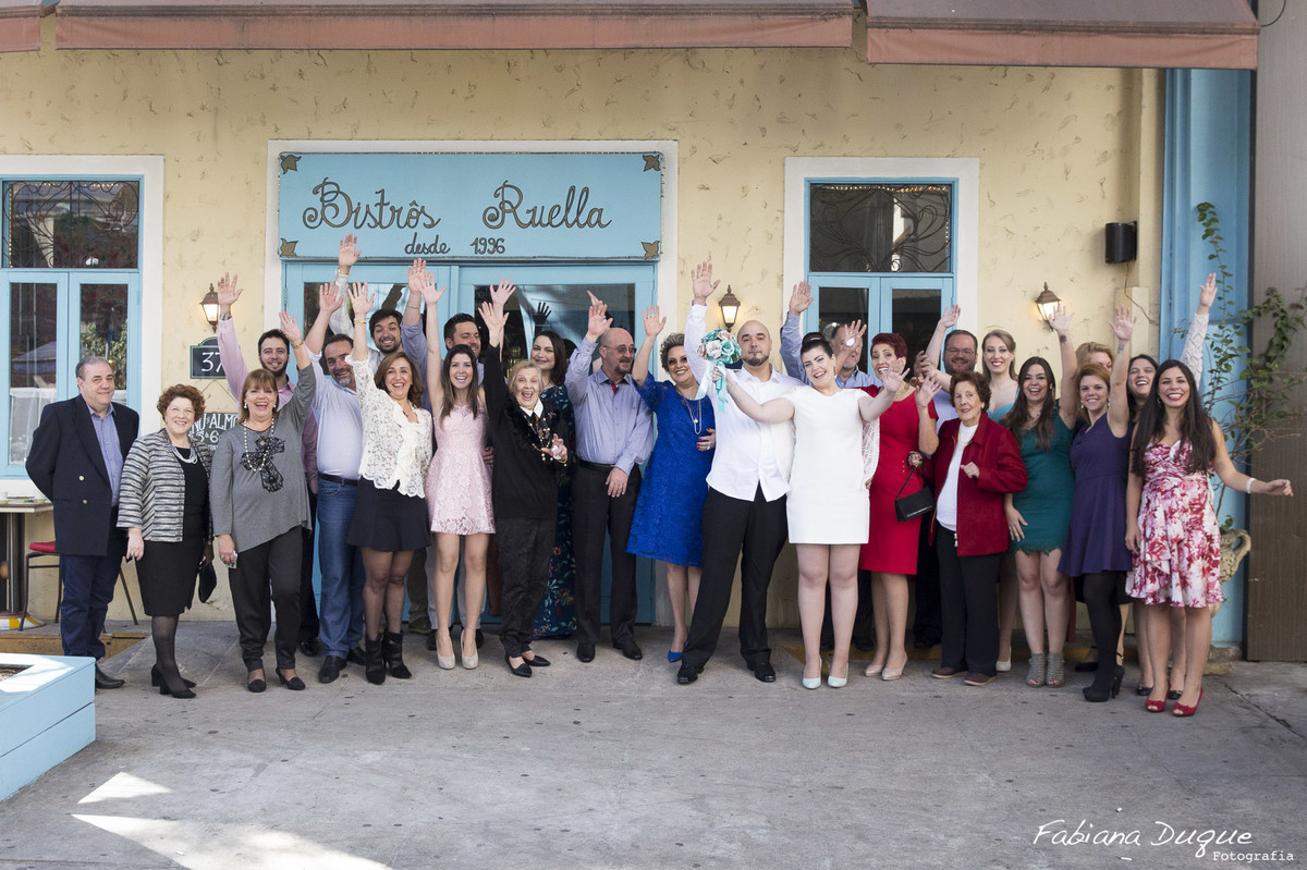 Casamento pequeno realizado no Restaurante Ruella