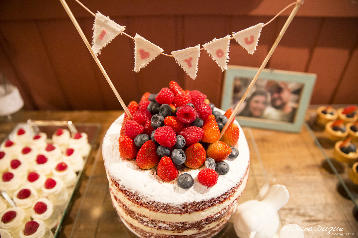 Naked Cake para mini weddings