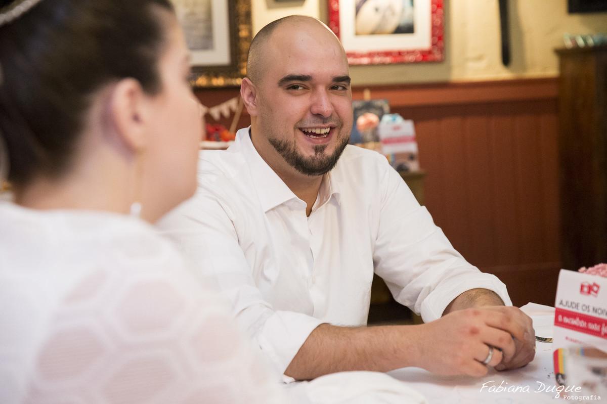 Noivos do mini casamento no Ruella Mario Ferraz