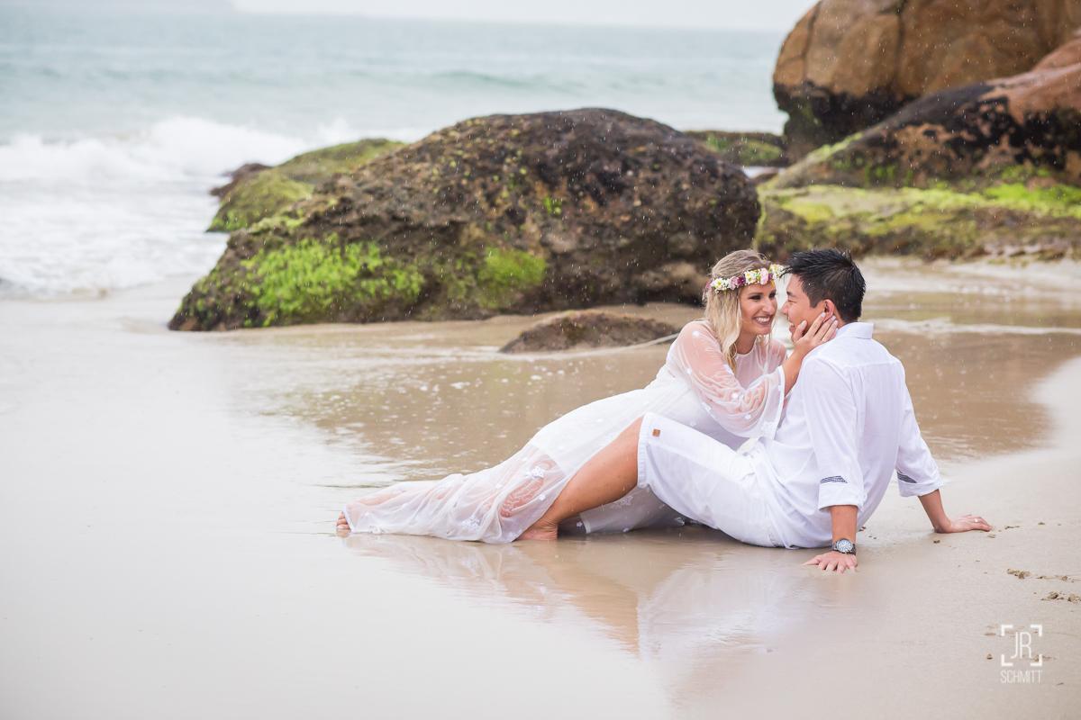 sessão pre wedding na praia