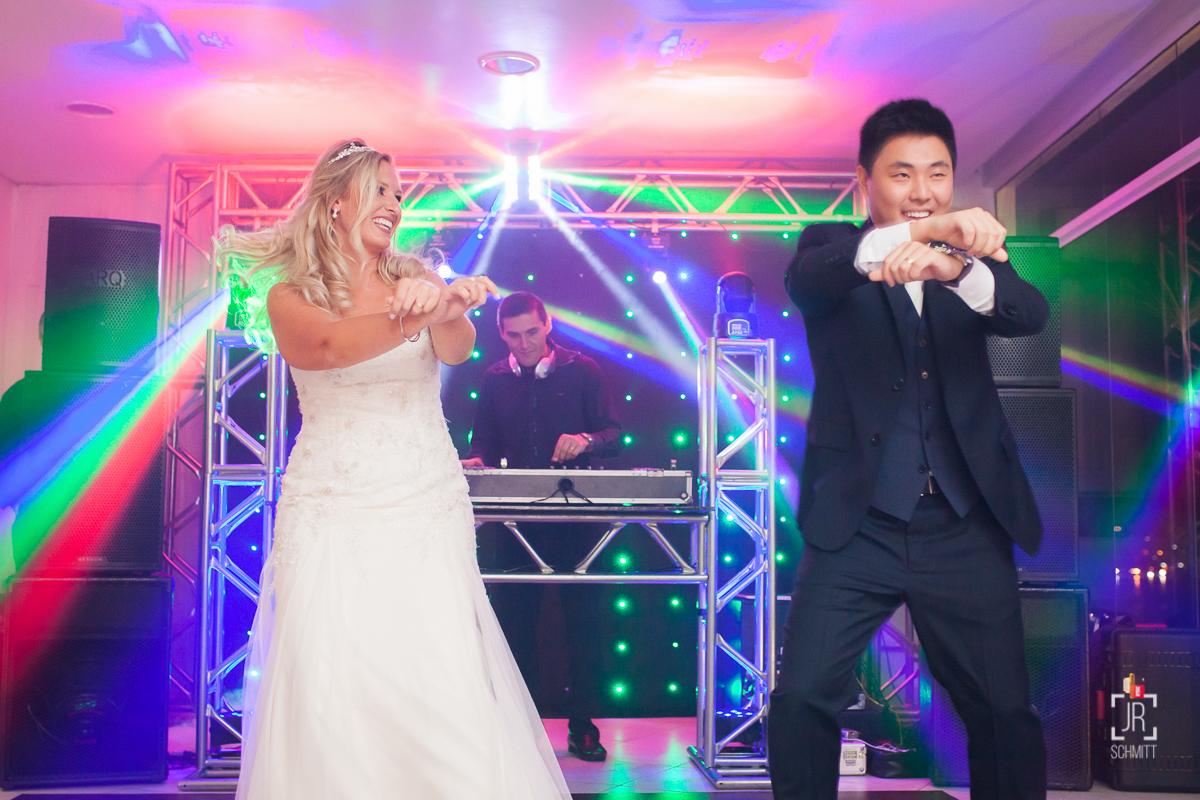 noivos dançando psy gangnam style