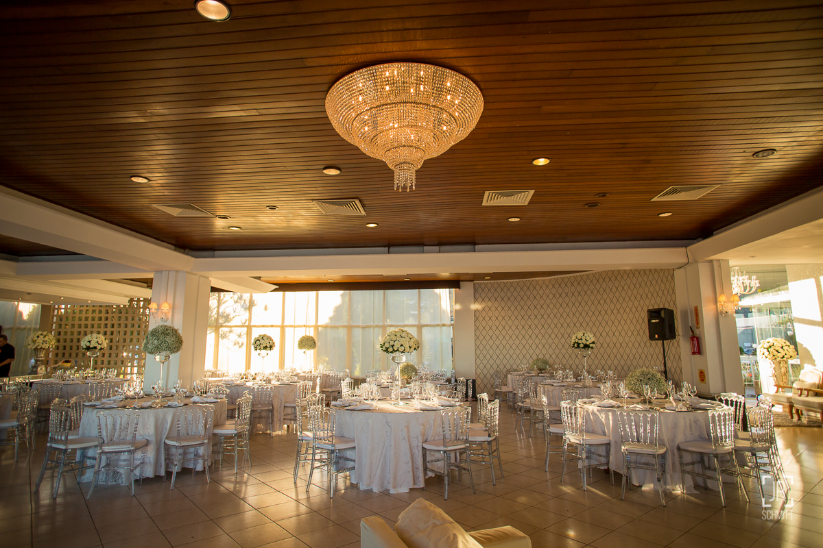 decoração do casamento lustre lic