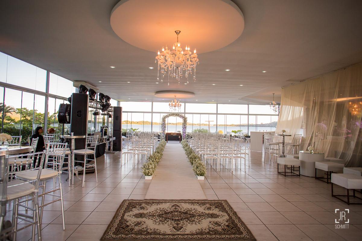cerimônia de casamento no LIC