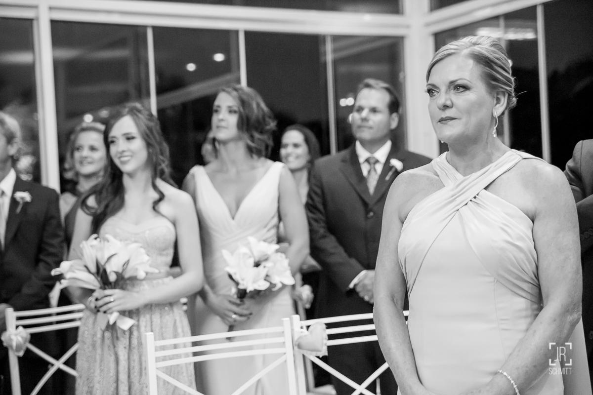 reação da mãe da noiva