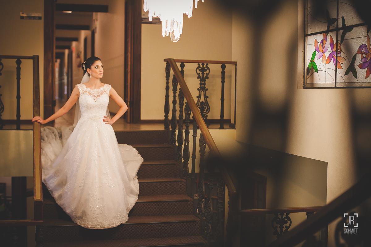 Noiva nas escadas