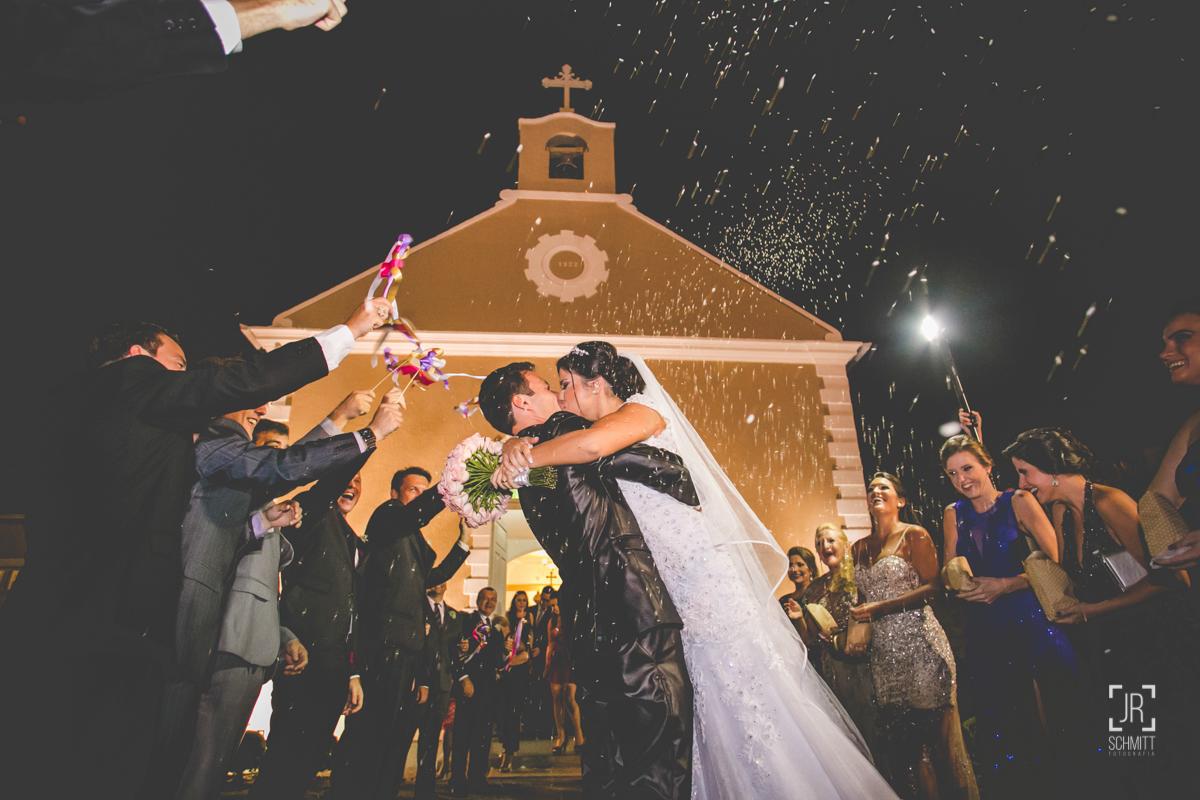 saida dos noivos na Cerimônia: Igreja Puríssimo Coração de Maria
