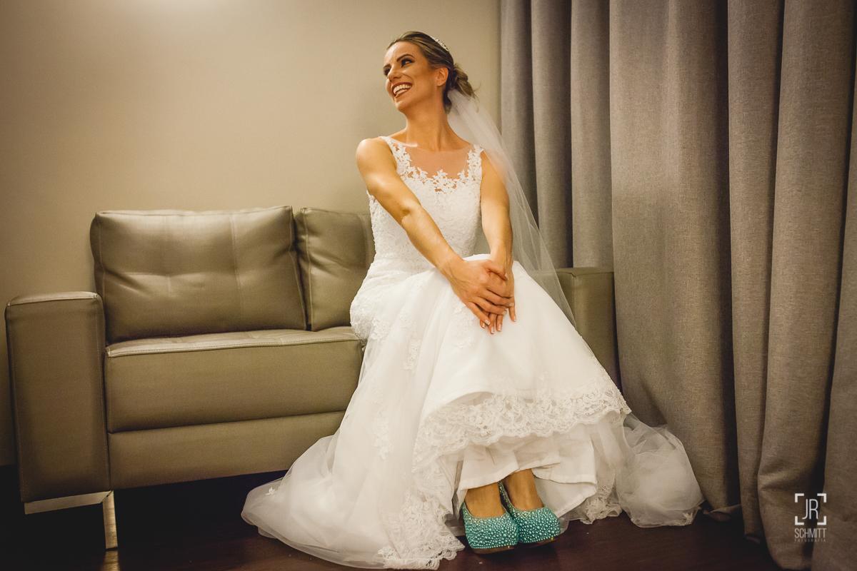 noiva de sapatos azuis